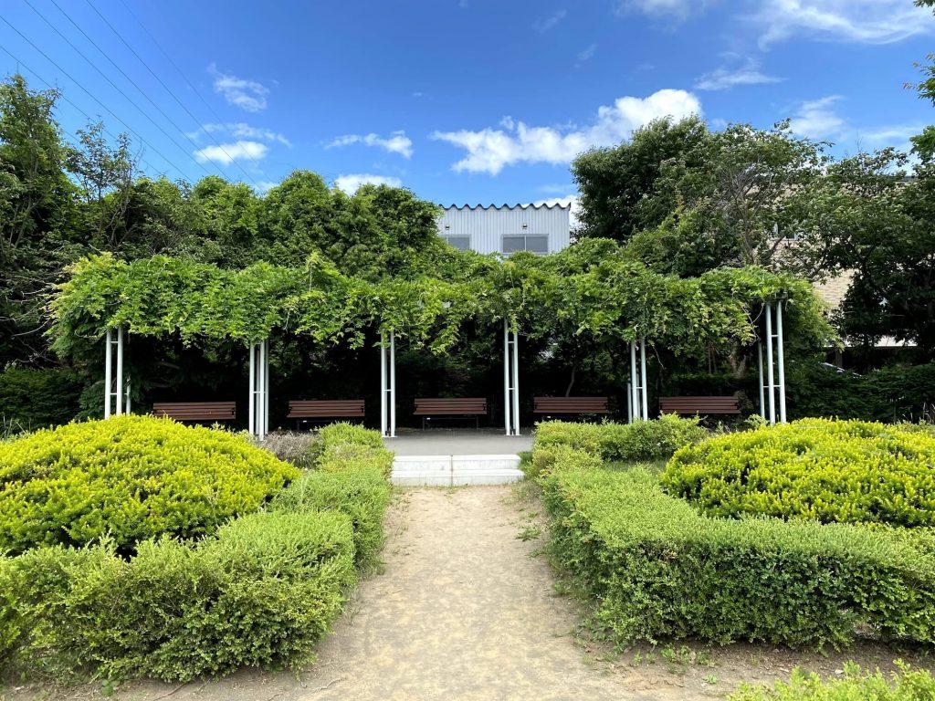平岡樹芸センター西洋庭園