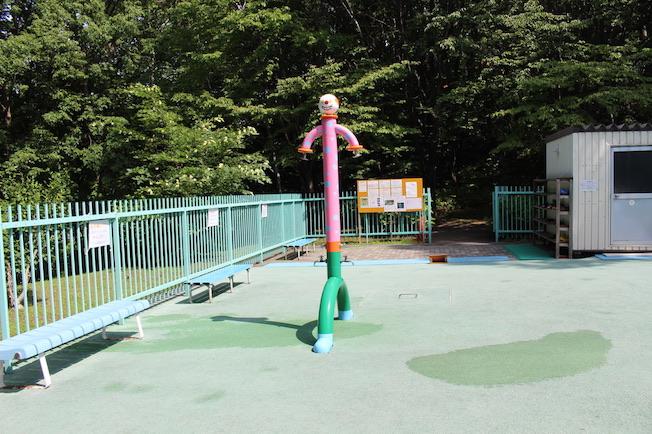 青葉中央公園 水遊び場シャワー