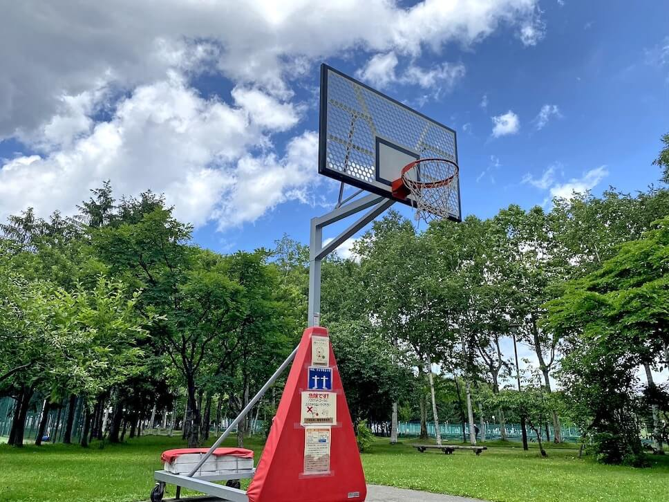 稲石公園 バスケットゴール