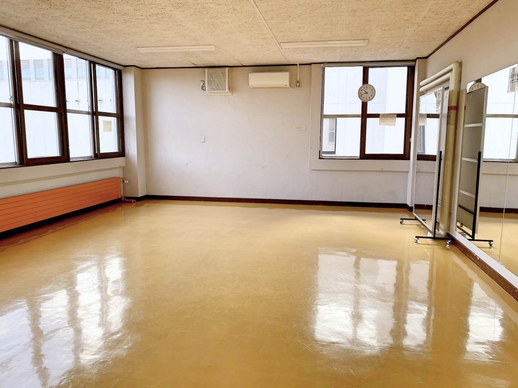 アカシヤ若者センター 活動室2