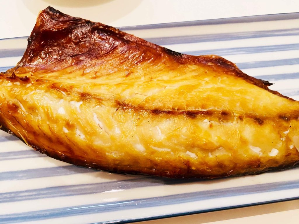 シハチ鮮魚店 鯖の開き