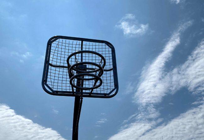 豊平川緑地バスケットゴール