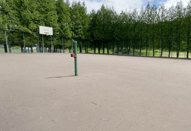 石山東公園バスケットコート