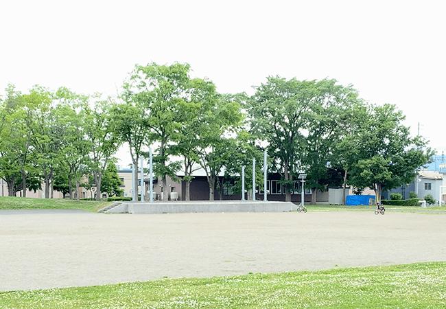 北郷公園多目的広場