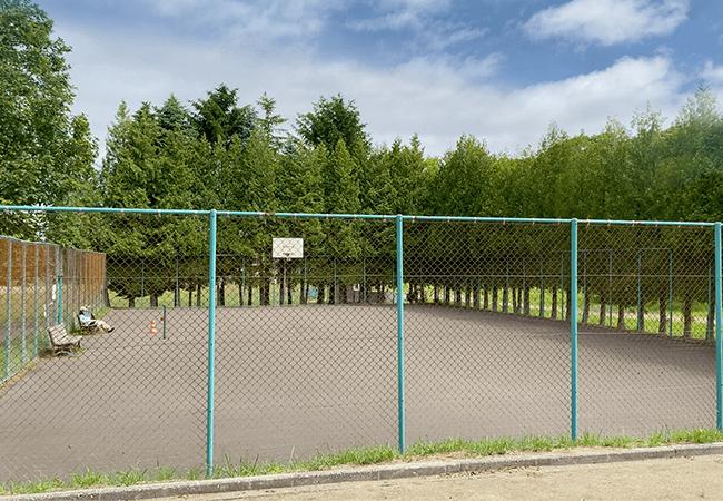 石山東公園テニスコート