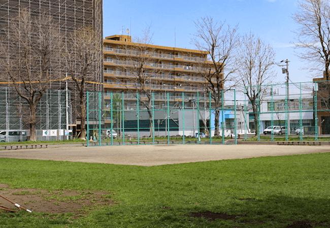 東札幌公園野球広場
