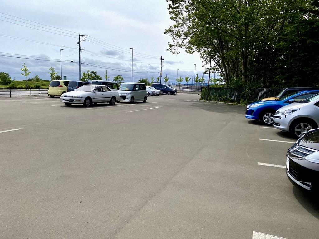 百合が原公園東駐車場