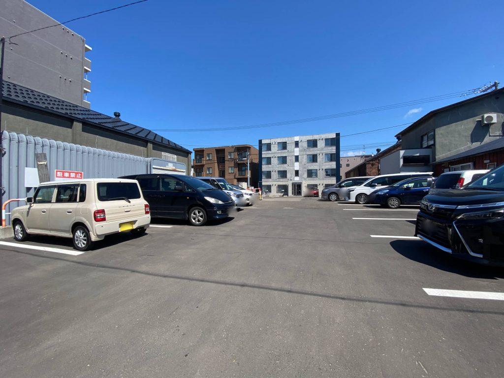 Sapporo餃子製造所 駐車場